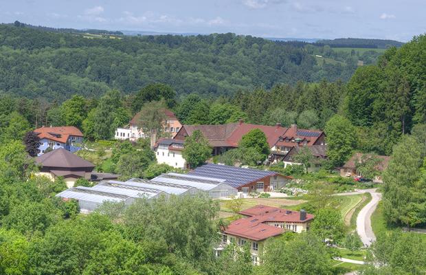 (c) Lehenhof