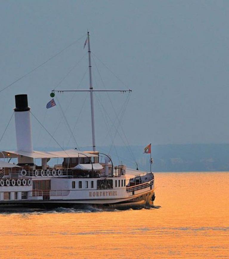_c_FN_Literaturschiff_Dampfschiff-Hohentwiel
